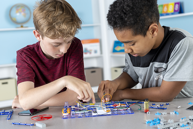 STEM:IT Robotics and Circuitry Kit
